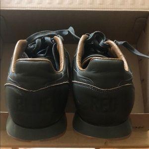 0396884c749b8 Reebok Shoes - Reebok Classic Bubblegum Sole Sneakers